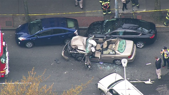 150410_rainier_ave_crash_06_660
